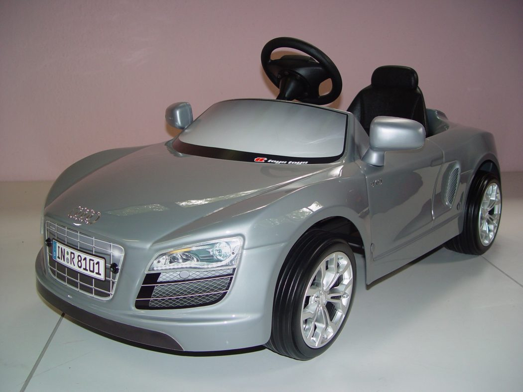 audi-r8-1 The Most Unbelievable 30 Realistic Kid Cars