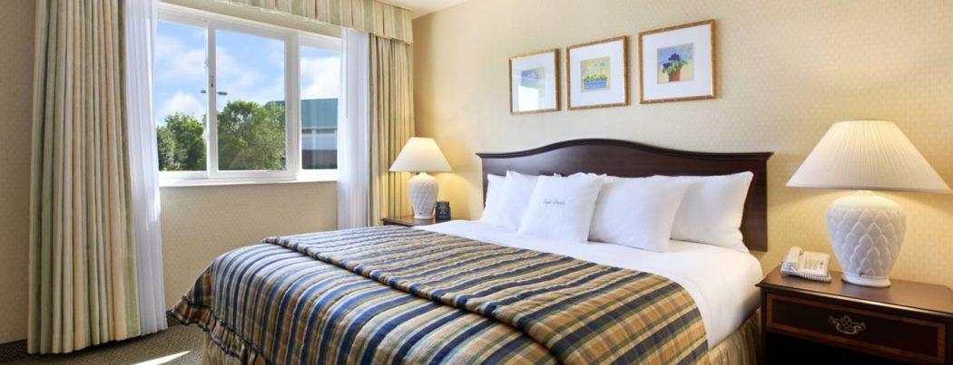 bedroom. Why Burlington Hotel is The Best in Dublin?