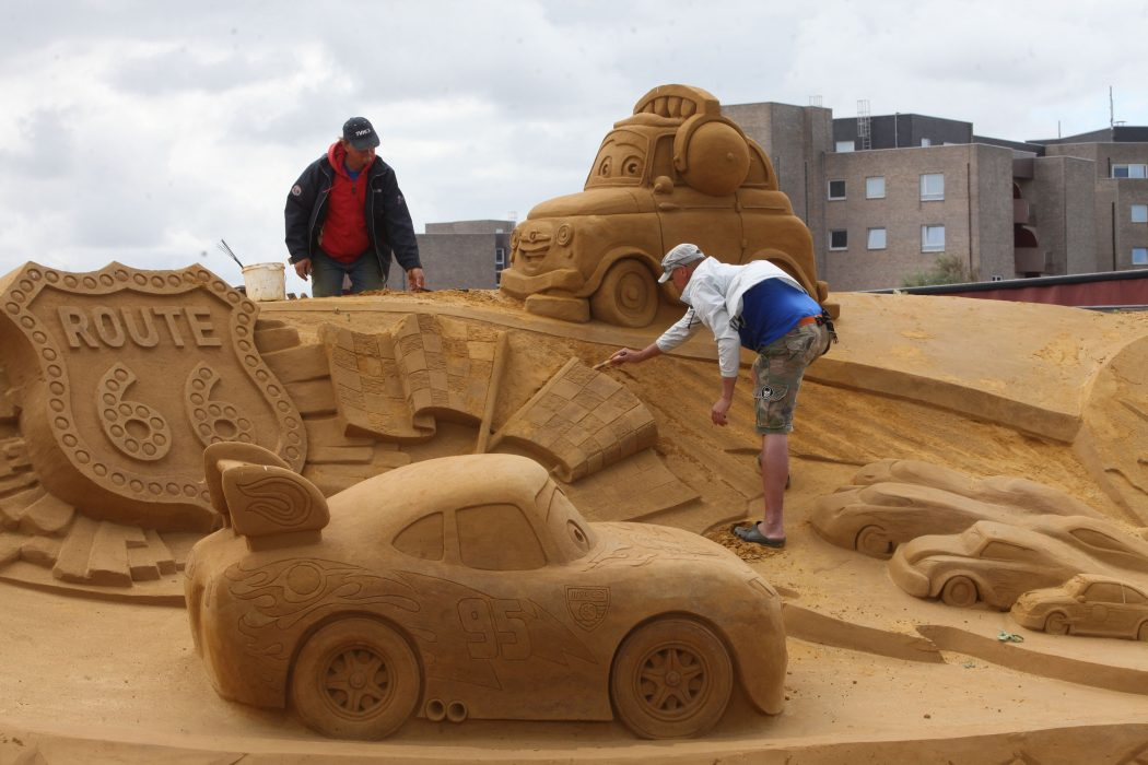 cartoon-cars The Best 10 Videos and 30 images for Sand Art