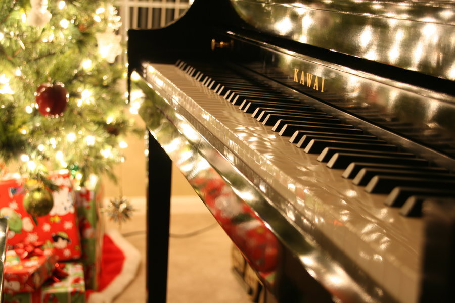 christmas piano wallpaper - photo #25