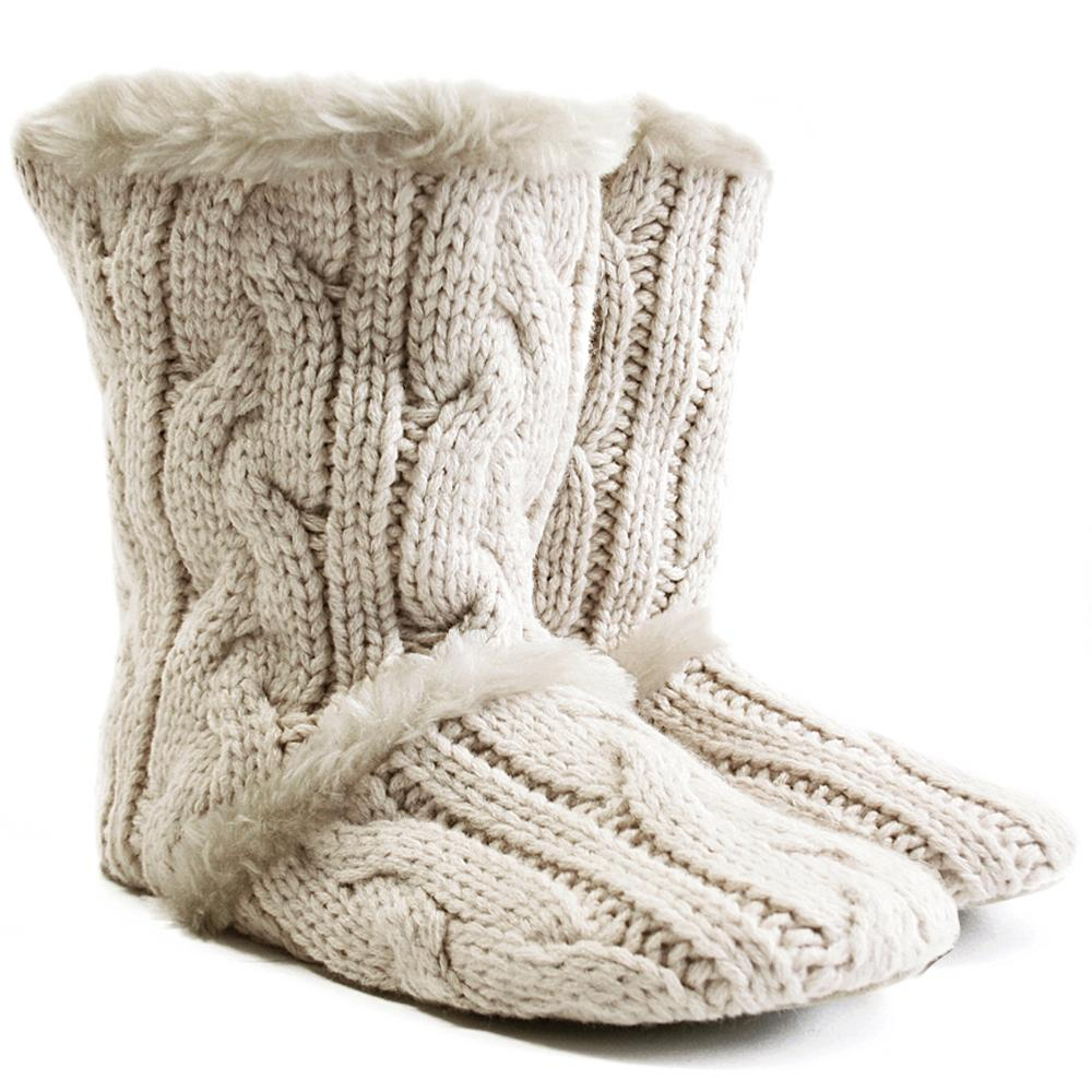cosy-winter-slippers Best 10 Ideas for Choosing Winter Gifts