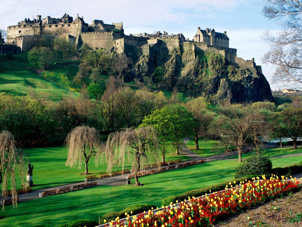 edinburgh-castle George Hotel Edinburgh: Hidden Facts