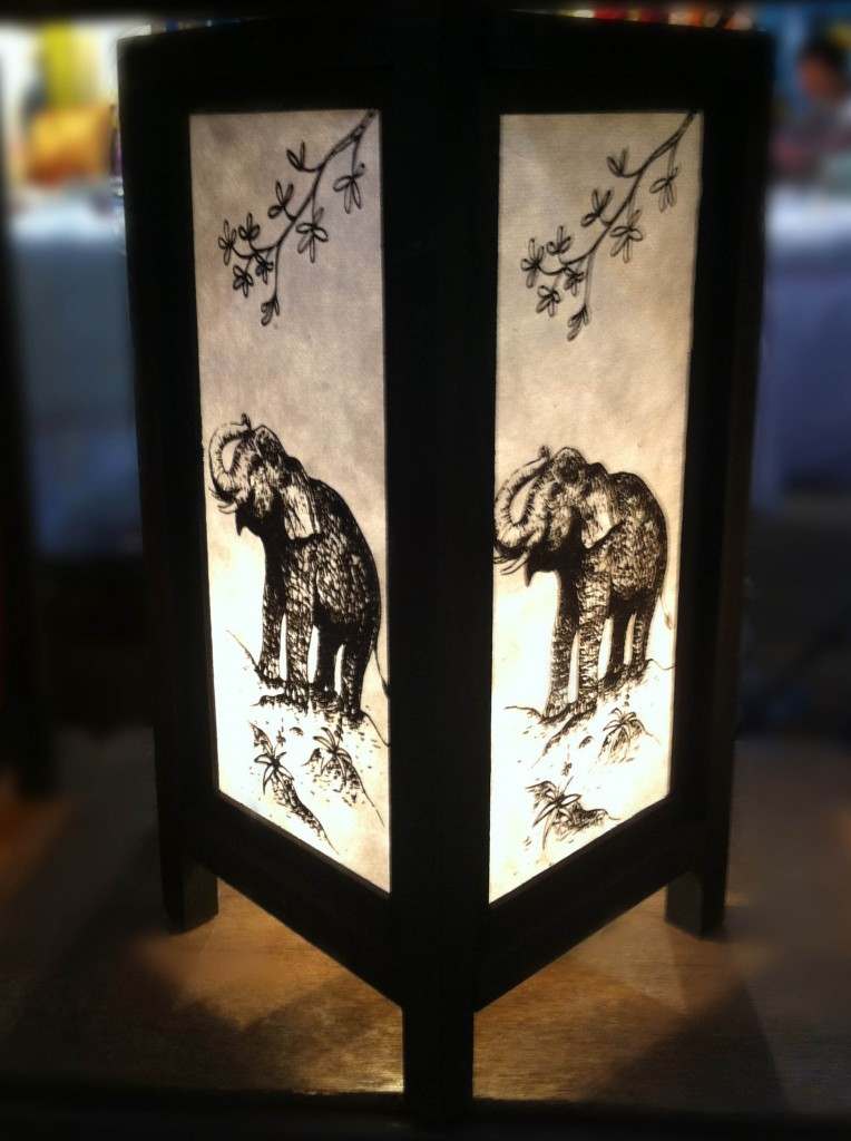 Do You Like To Have A Handmade Wooden Lamp Pouted