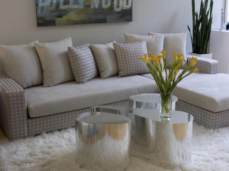 flowers. 15+ Helpful Ideas for Designing Your Living Room [Photos]