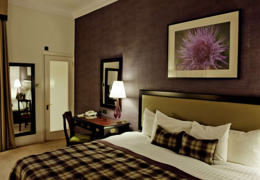 george-standard-adam-1300x900 George Hotel Edinburgh: Hidden Facts