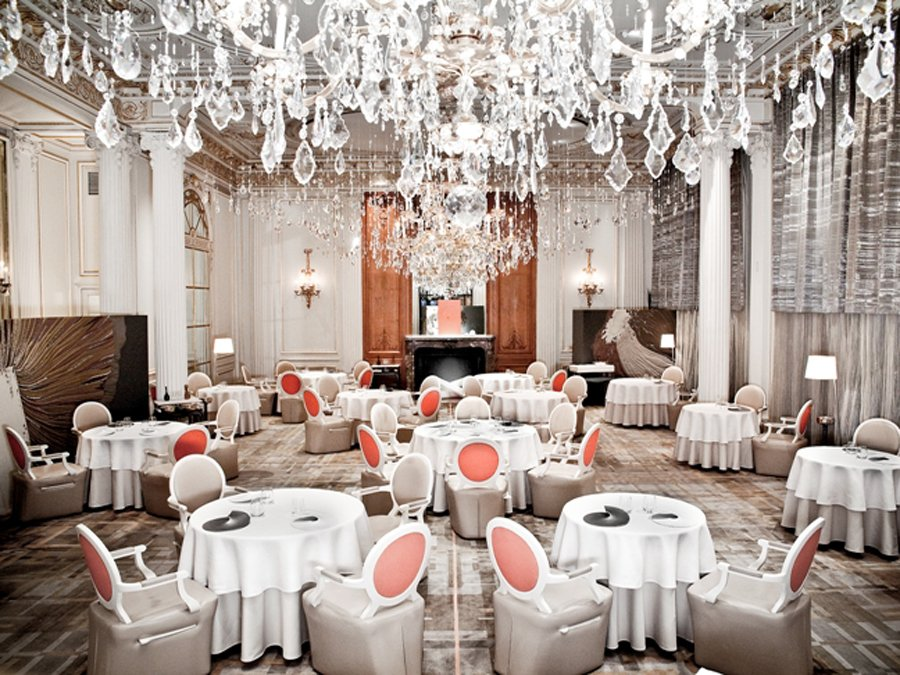 gorgeous-dining-room-the-fine-french-food-at-the 23 Most Awesome Interior Designs for Restaurants