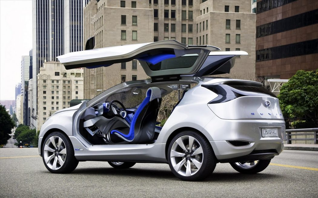 hinge-upward The Most Stylish 25 Futuristic Cars