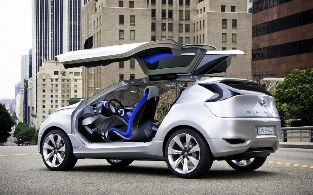 hinge-upward The Most Stylish 25 Futuristic Cars