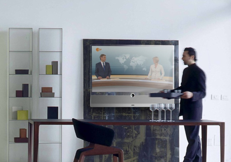 hisense1 Do You Believe You Can See Through This Transparent TV Screen?