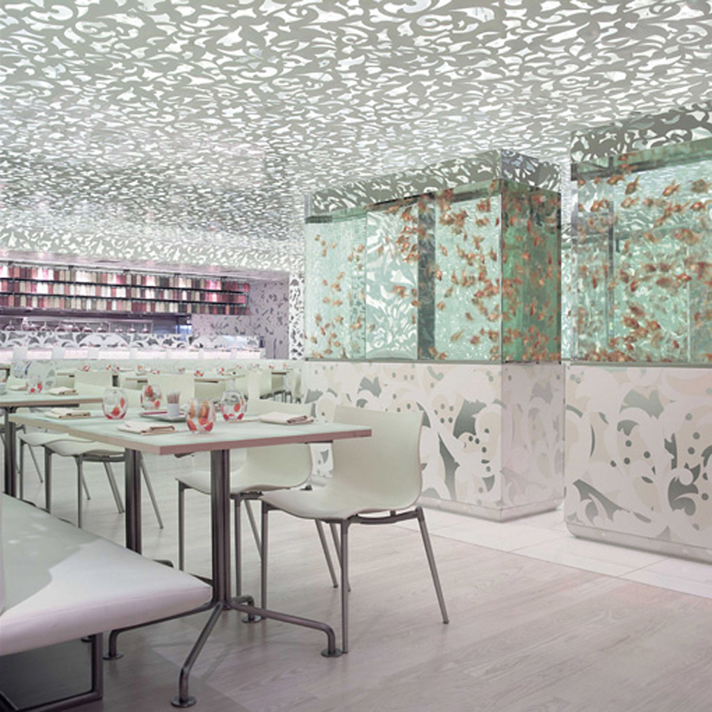 innovative-Chinese-restaurant-aquarim-interior 15 Innovative Interior Designs for Restaurants