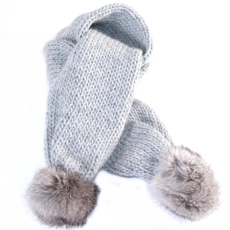 knit-scarf-with-rabbit-fur- Best 10 Ideas for Choosing Winter Gifts