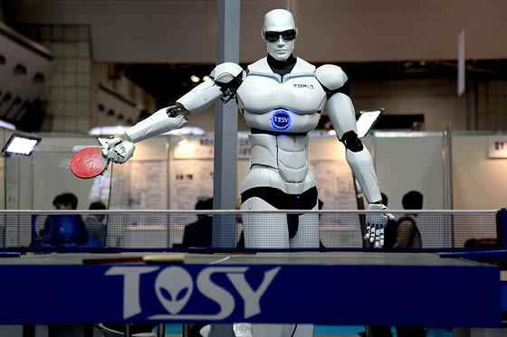 robot playing ping pong in tokyo 7 Newest Robot Generations and Their Uses