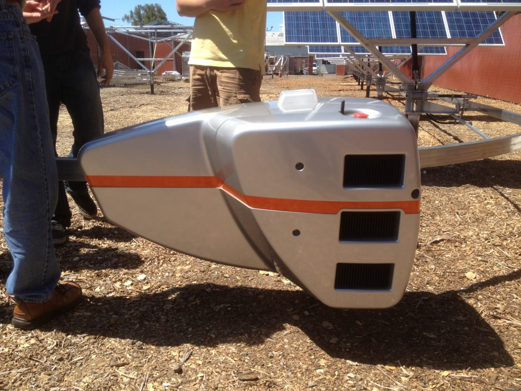 robotic-tracker How Robots Help to Generate Solar Power?
