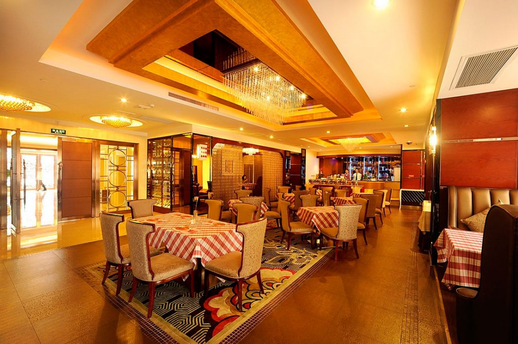 Ideas will make your restaurant interior design looks