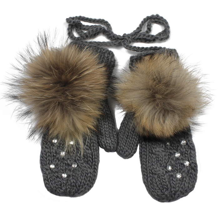 short-mittens. Best 10 Ideas for Choosing Winter Gifts