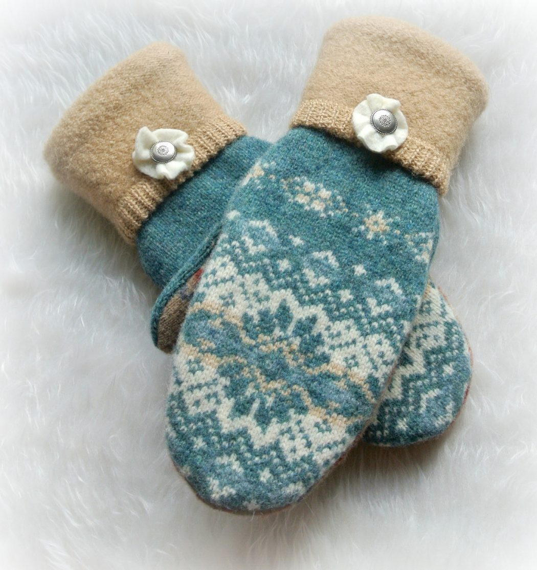 short-mittens1 Best 10 Ideas for Choosing Winter Gifts