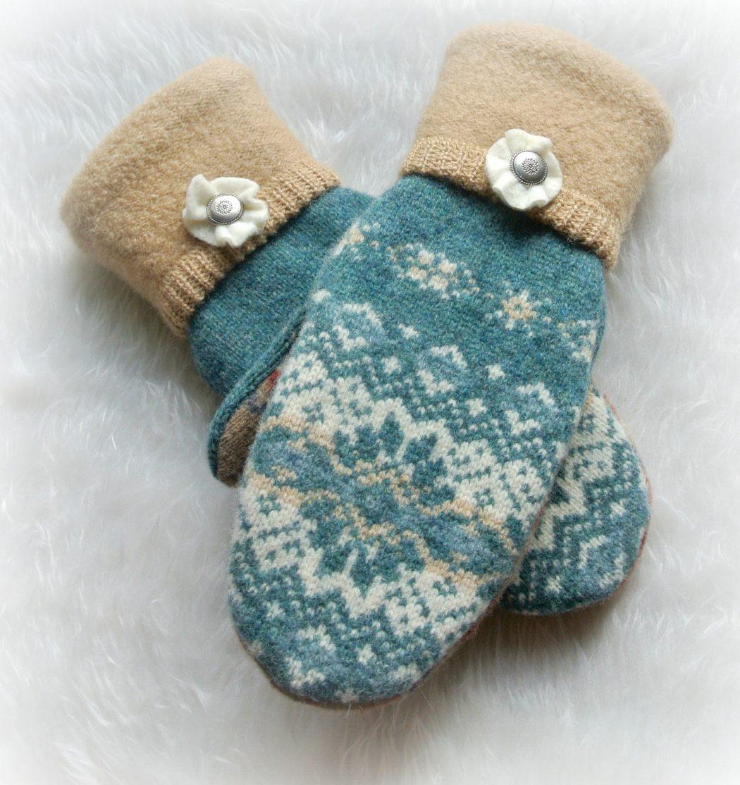 short-mittens1 Best 10 Ideas for Choosing Winter Gifts