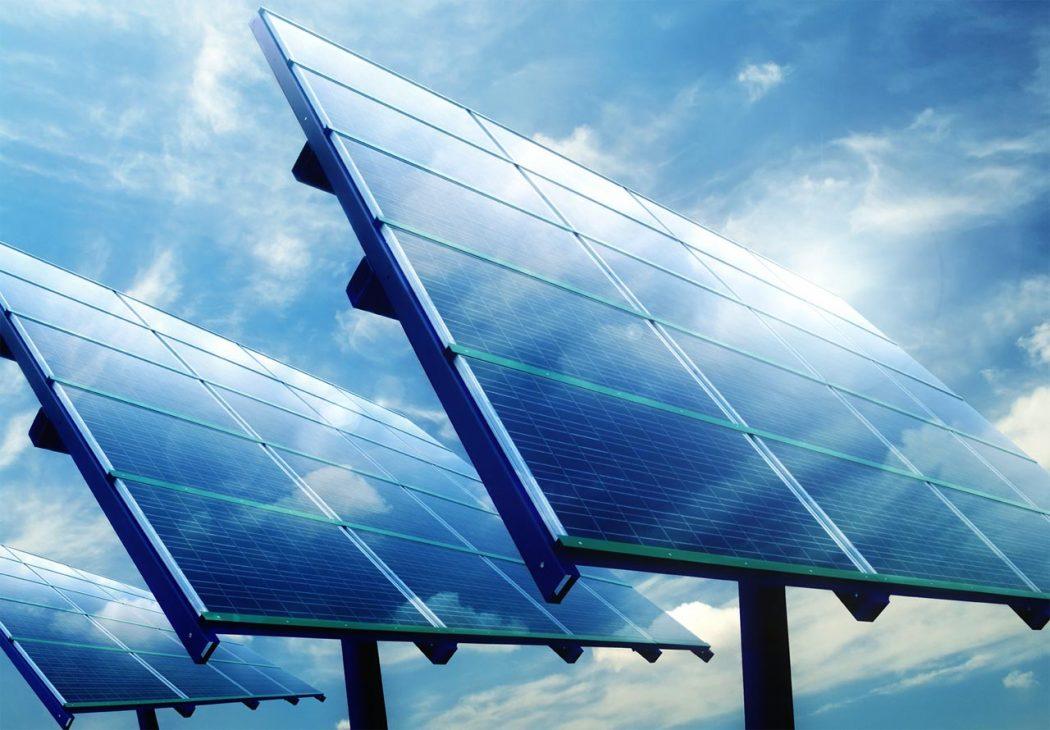 solar-power-generator How Robots Help to Generate Solar Power?