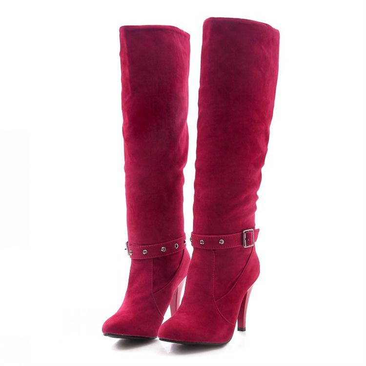 the-knee-high-heel-boots- Best 10 Ideas for Choosing Winter Gifts