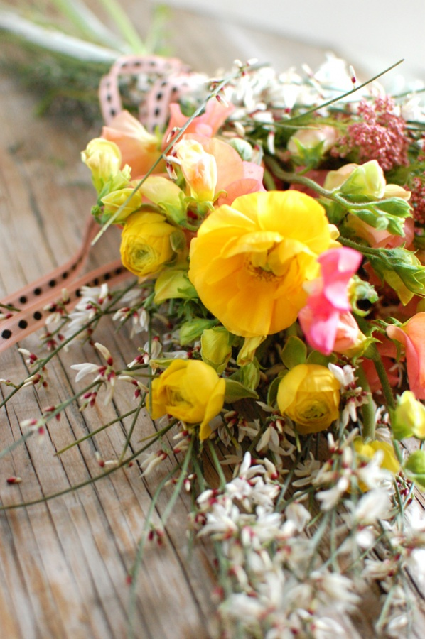 wild-flower-bouquet-wood-table-rananculus What Do You Know About Flower Talk?