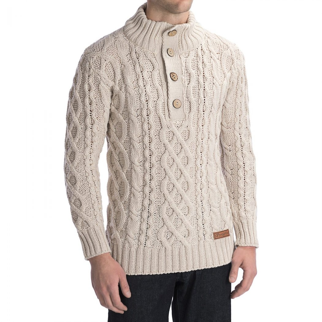 wool-sweater-chunky-cable-for-men-in-beige Best 10 Ideas for Choosing Winter Gifts