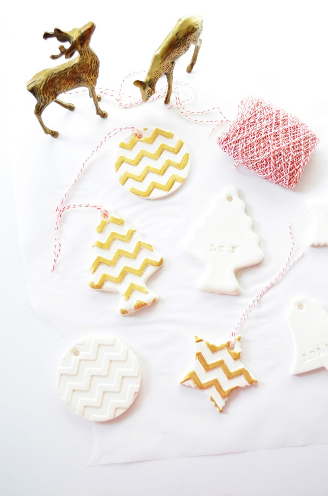 1-DIY-gold-chevron-clay-holiday-gift-tags-ornaments-1 10 Most Unique and Amazing Gift Tags