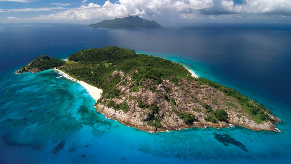 1-arial-view-of-north-island1 14 World's Most Luxurious Retreats in The World