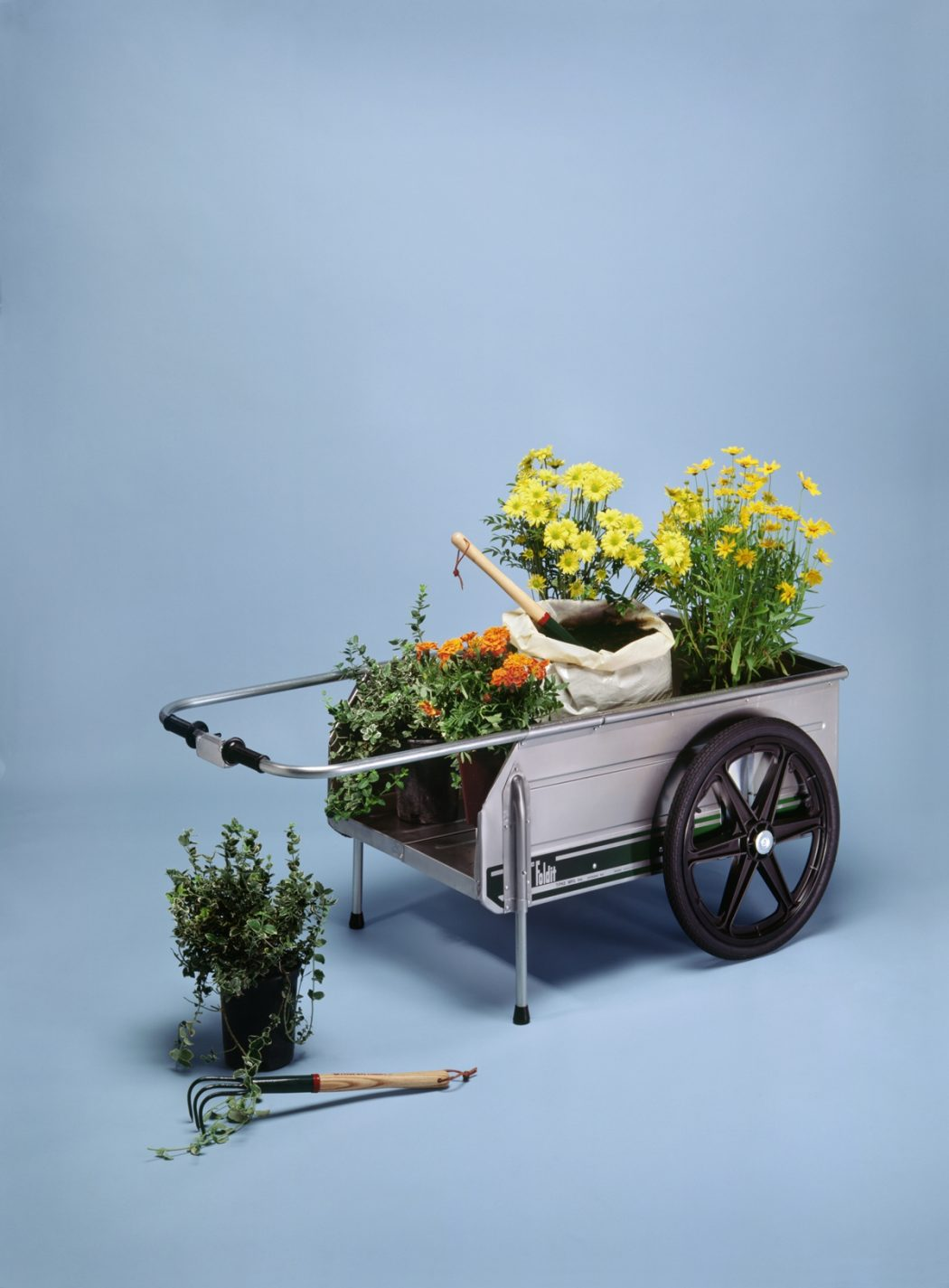 1210 10 Fascinating and Unique Ideas for Portable Gardens