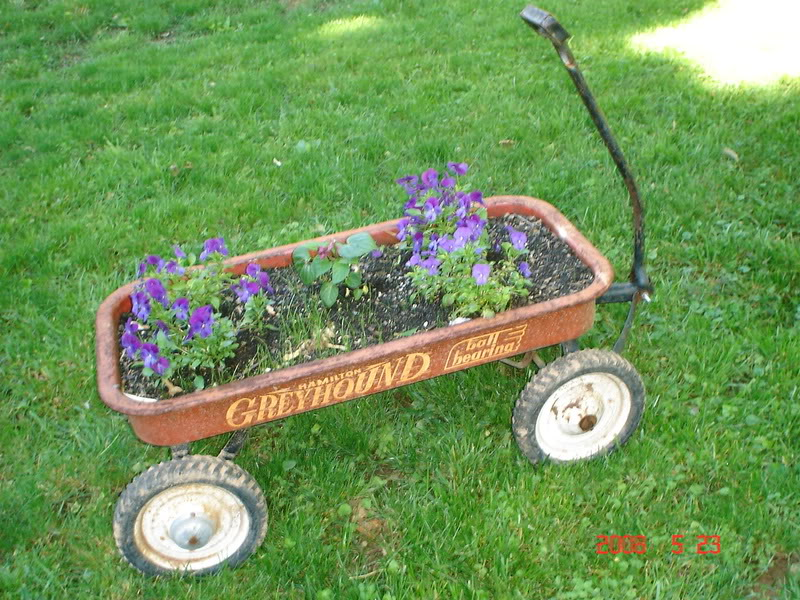 1stdayplantingthegarden 10 Fascinating and Unique Ideas for Portable Gardens