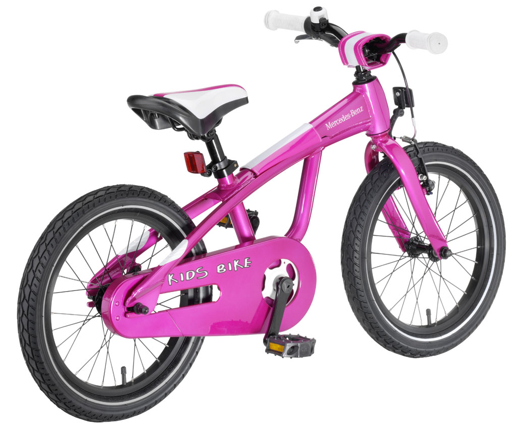 2010-Mercedes-Benz-Christmas-Gifts-Collection-Kids-Bike-Pink 15 Creative giveaways ideas for kids