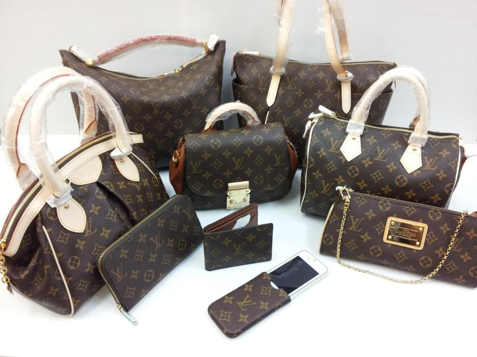 564553_275743835869966_115057803_n 20+ Most Stylish Celebrity Bags