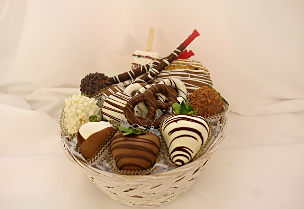 615 35 Most Mouthwatering Romantic Chocolate Gifts