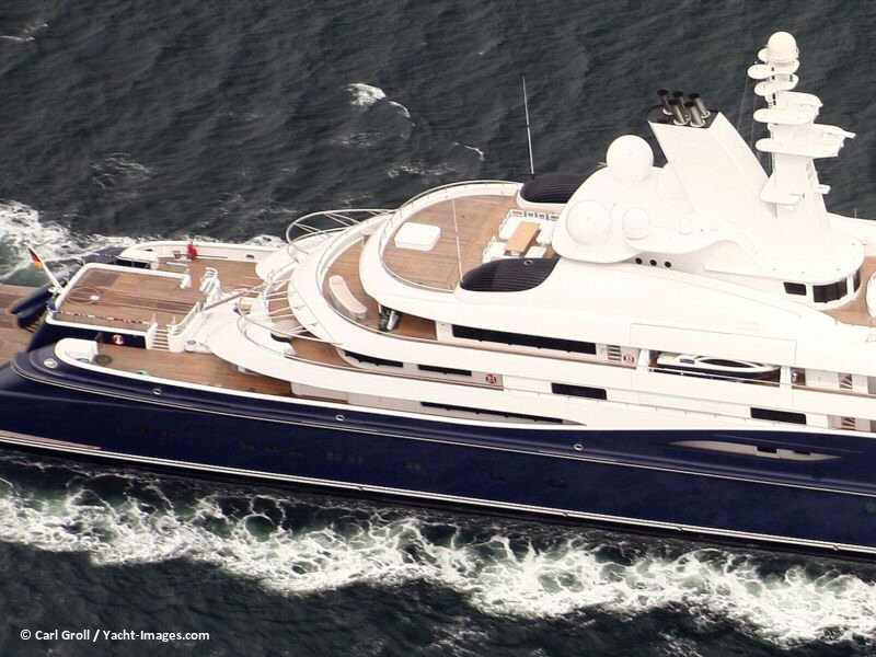 Al-Mirqab-air-03-big 15 Most luxurious Yachts in The World