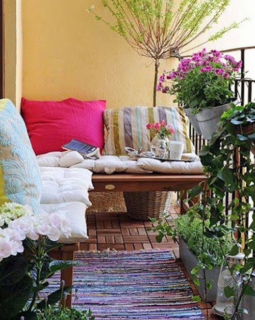 ApartmentDecoratingIdeasBalcony How Do You Choose Your Balcony Furniture?