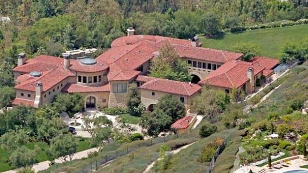 Arnold-Schwarzenegger- Top 15 Most Expensive Celebrity Homes