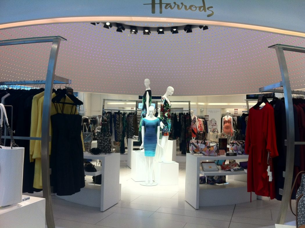 Do-Lighting-Feature 15 Tips for How to Design Your Retail store