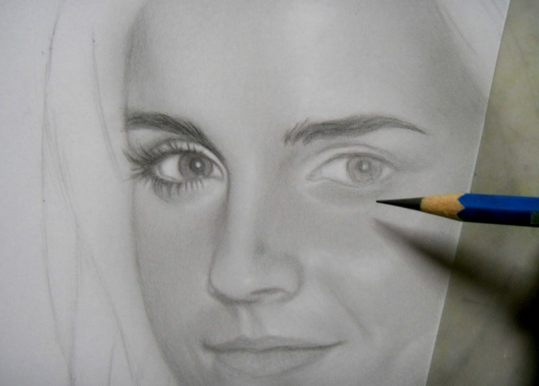 Emma-10 Stunningly And Incredibly Realistic Pencil Portraits