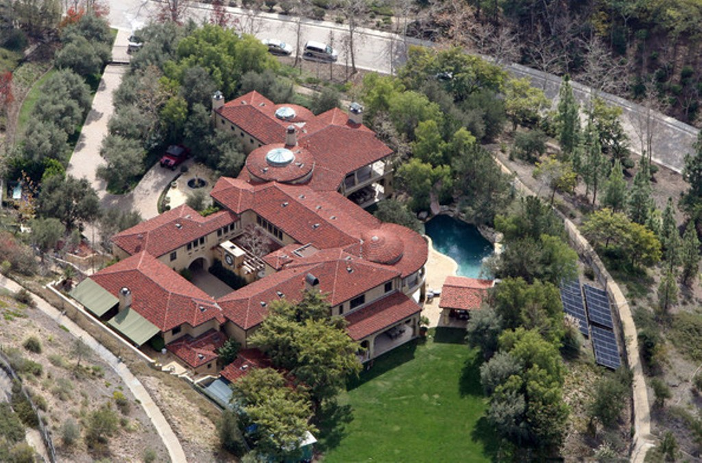 FILE+PHOTO+Arnold+Schwarzenegger+Maria+Shriver Top 15 Most Expensive Celebrity Homes