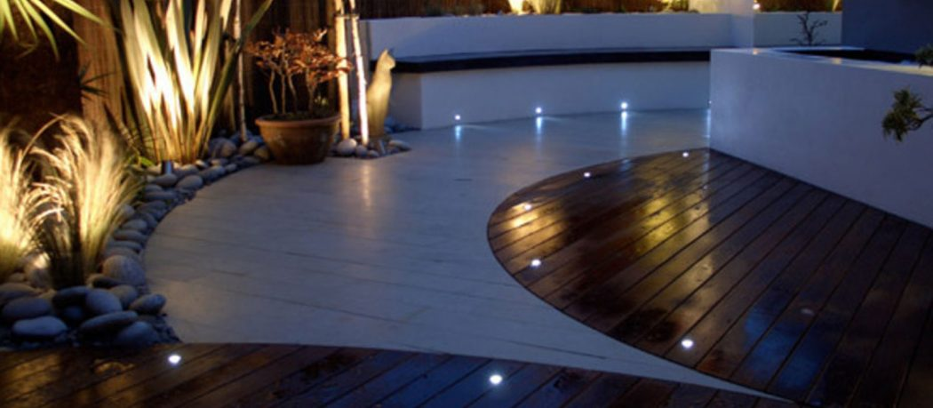 GARDEN-LIGHTS-EEC-HOME-IMPROVEMENTS-3 LEDs 10 uses in Architecture