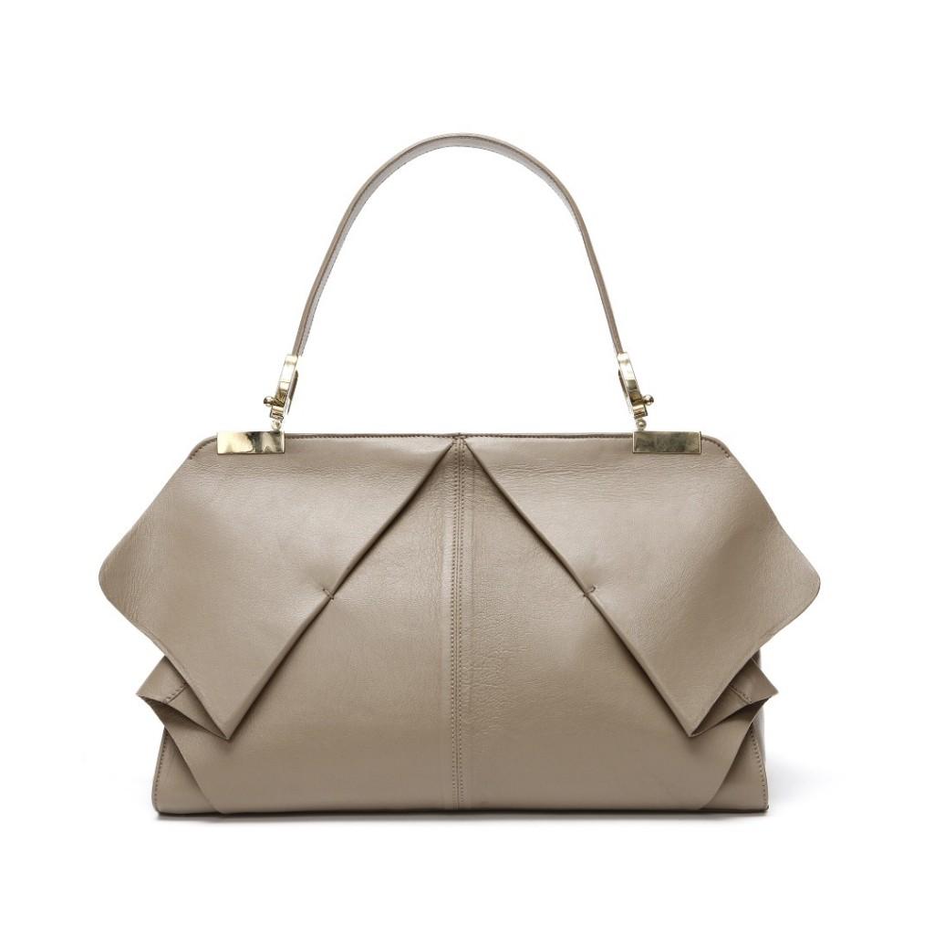 Giselle-Blumarine-Handbags-Fall-Winter-Photo-4-1024x1024 20+ Most Stylish Celebrity Bags