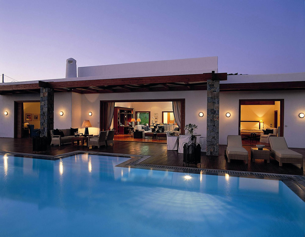 Grand-Resort-Lagonissi-4 14 World's Most Luxurious Retreats in The World