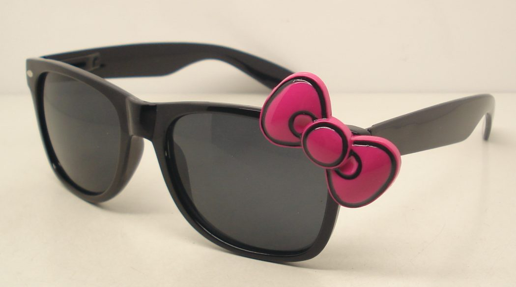 Hello-Kitty-Fashion-Sunglasses-AA0001- How Do You Find These Unusual Glasses ?