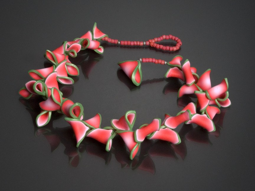 Lindly-necklace Stunning and Unique Clay Art Project Ideas