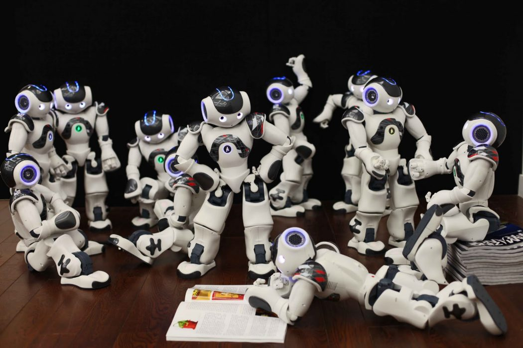 Nao@ Are you stressed? Watch these Robots Dancing Gangnam Style