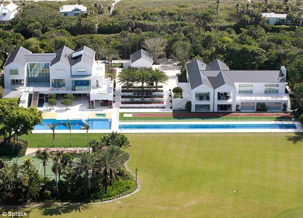 Top 15 most expensive celebrity homes 2014 pouted online for Celebrity homes in florida