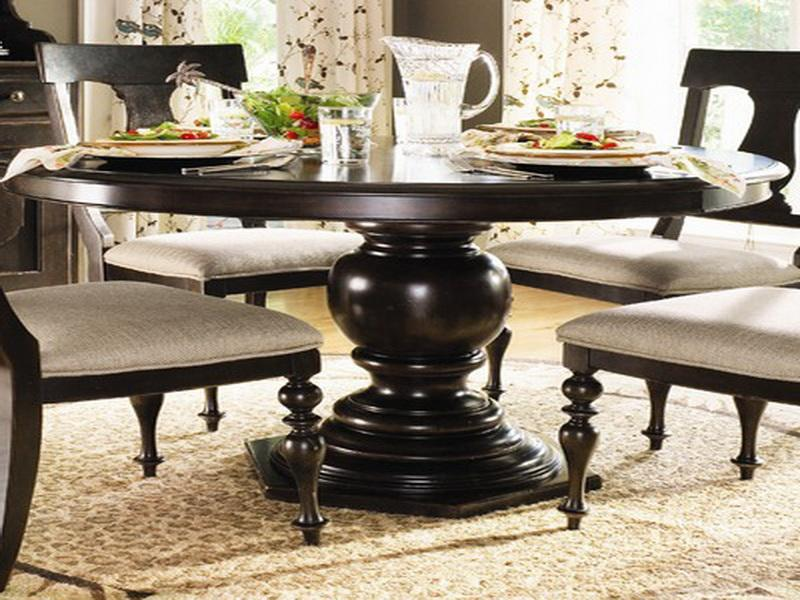 Paula-Deen-Round-Dining-Table1 Why People Choose Paula Deen Furniture?