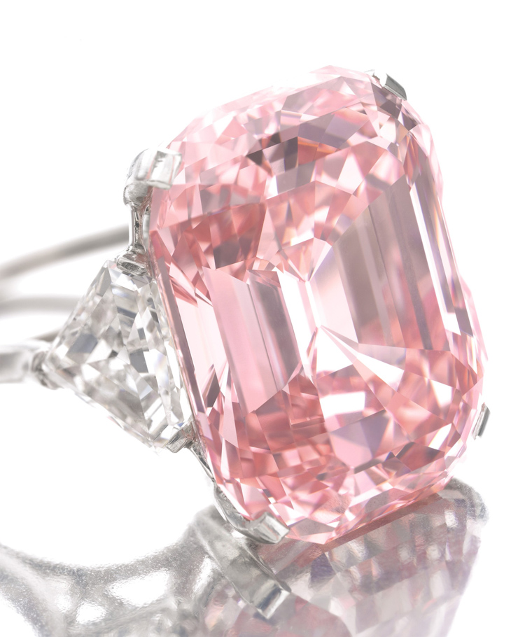 Pink-Diamond-sold-at-Sothebys-Katrina-Kelly-Blog What Do You Say about These Rare and Precious Rings?!