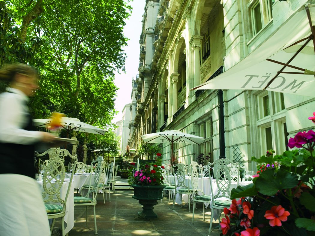 RHG-The-terrace Why Royal Horseguards Hotel is The Best in London