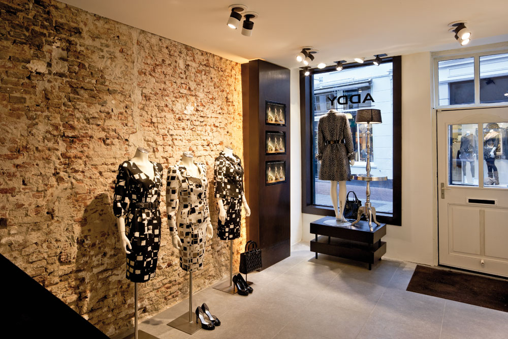 Retail-lighting-LED 15 Tips for How to Design Your Retail store