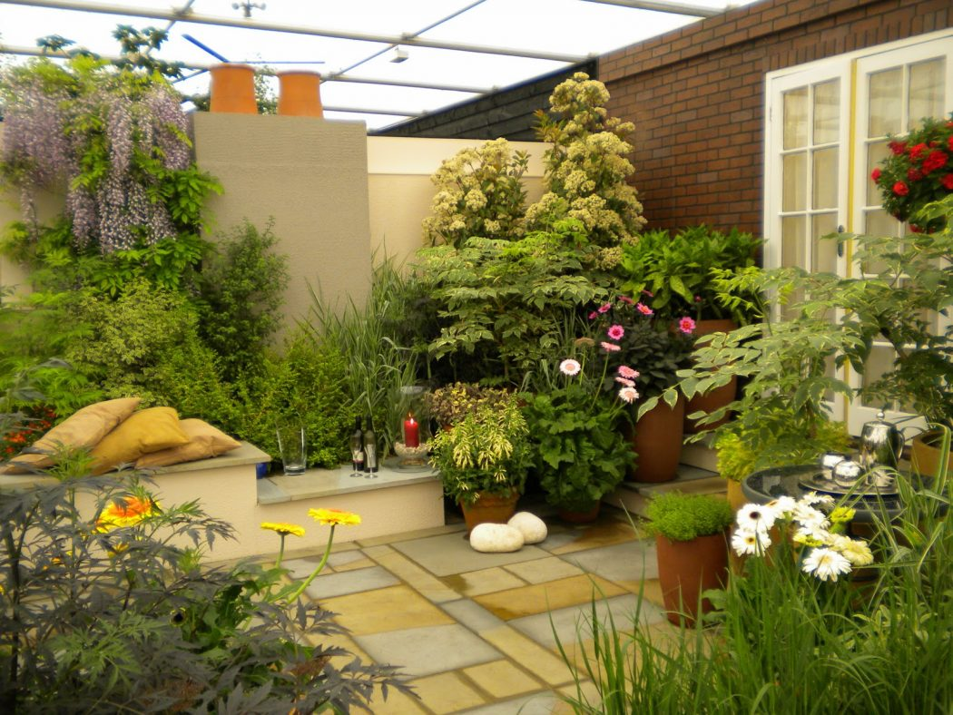 Roof-garden-design-effective-ideas-and-tips-best-rooftop Decorating The Roof To Look Like A Paradise